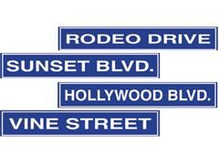 Hollywood-Street-Signs-party-decorations