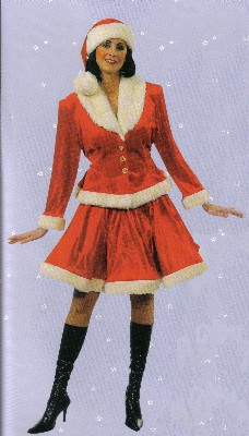 Skating-Miss-Christmas--M1