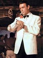 James-Bond-White-tuxedo