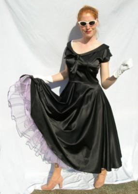 50's-black-dress