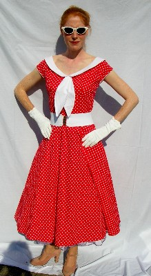 50`s-dress.-Red-&-White-Polka-dot.