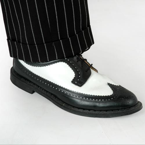 black-and-white-Brogues
