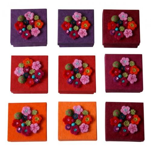 vintage_floral_gift_box