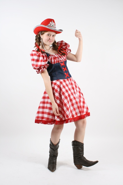 Red_Gingham_Cowgirl_costume