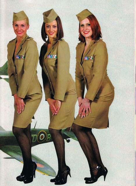 Andrews_sisters_costumes