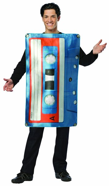cassette_tape_costume_80s_outfits