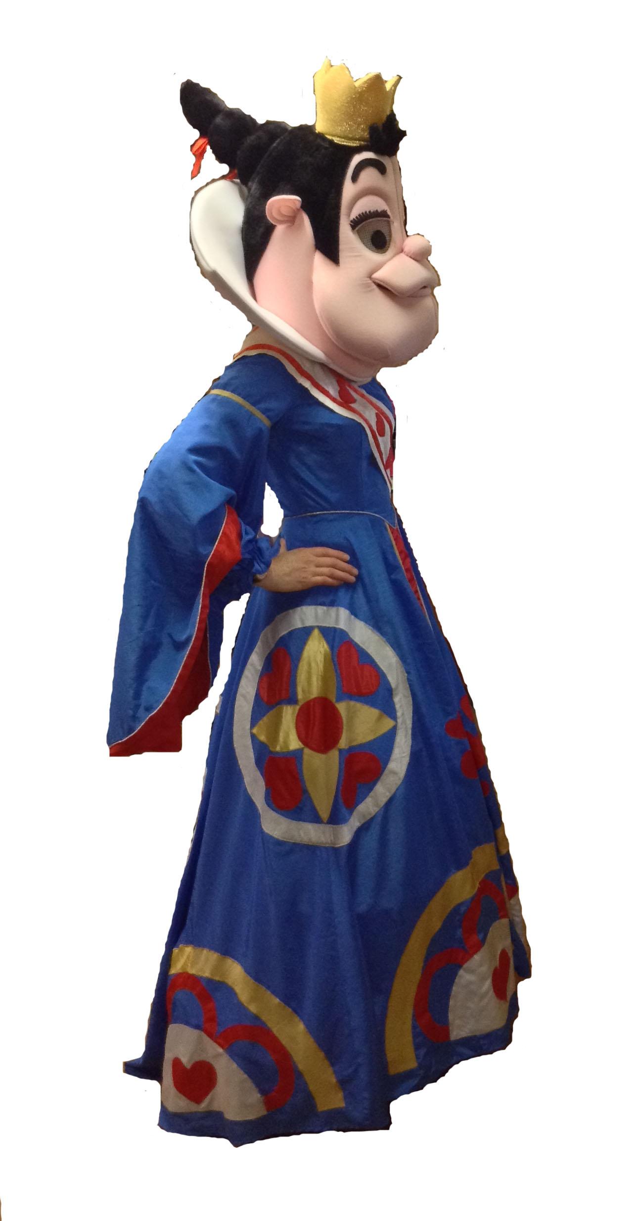 Mascot_Queen_of_hearts
